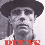 """Beuys-Feldman-Gallery"" von Ronald Feldman Fine Arts - Ronald Feldman Fine Arts. Lizenziert unter CC BY-SA 3.0 über Wikimedia Commons - https://commons.wikimedia.org/wiki/File:Beuys-Feldman-Gallery.jpg#/media/File:Beuys-Feldman-Gallery.jpg"
